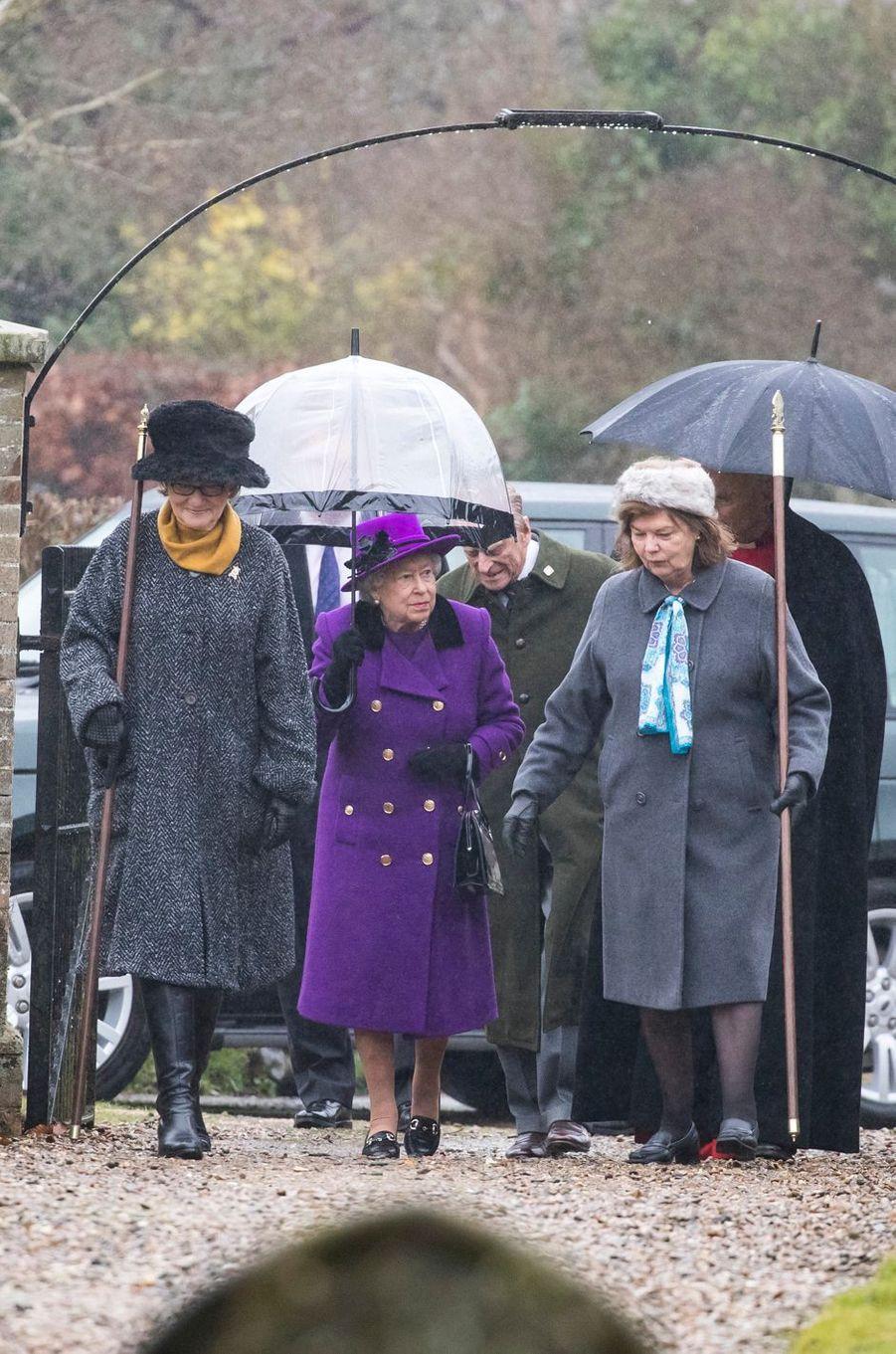 La reine Elizabeth II et le prince Philip à Flitcham dans le Norfolk, le 15 janvier 2017