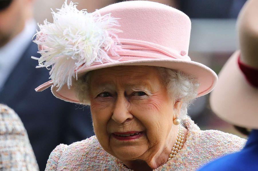 La reine Elizabeth II à Ascot, le 21 octobre 2017
