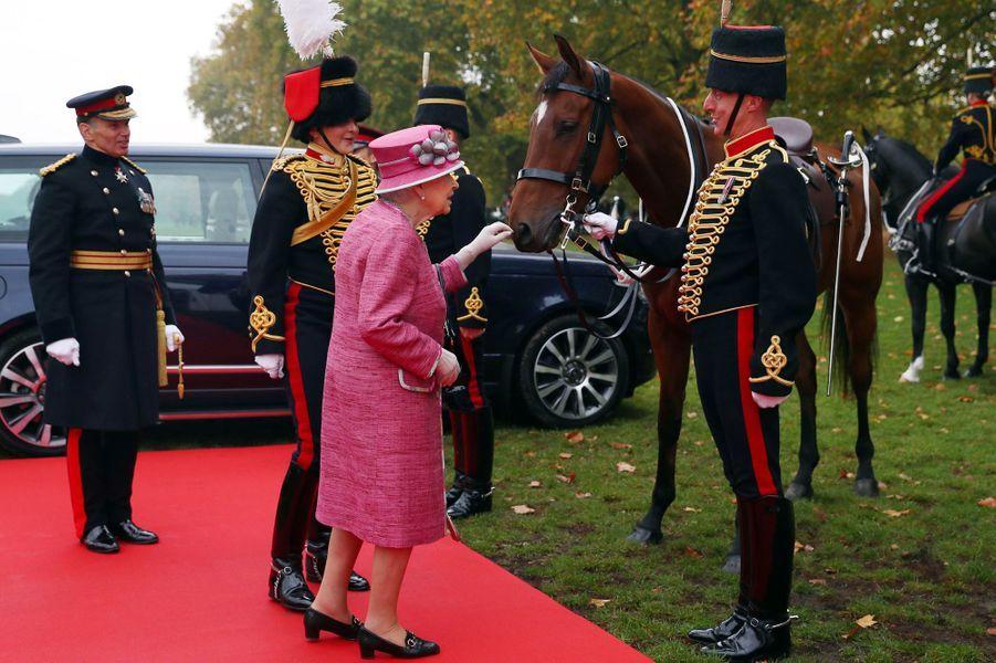 La reine Elizabeth II à Londres, le 19 octobre 2017