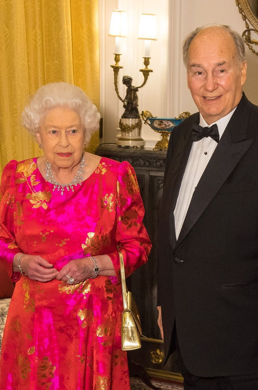 La reine Elizabeth II avec le prince Karim Aga Khan IV au château de Windsor, le 8 mars 2018