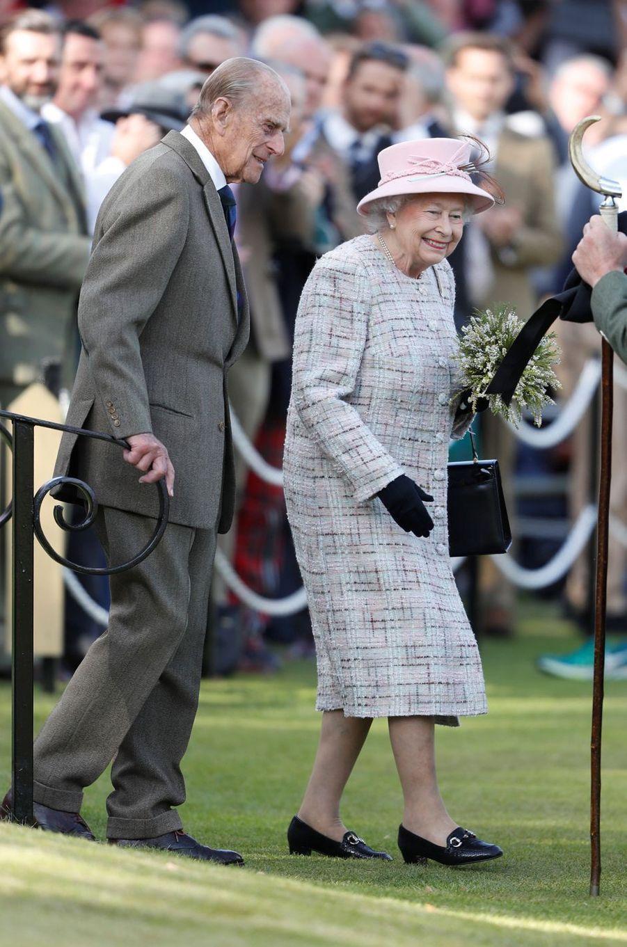 La reine Elizabeth II et le prince Philip au Highlands Braemar Gathering en Ecosse, le 2 septembre 2017