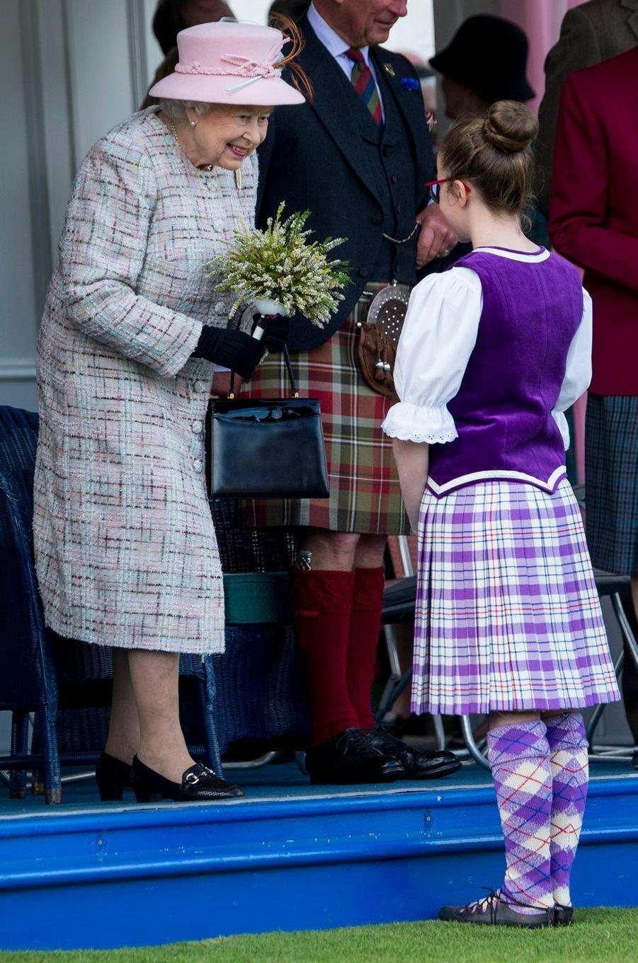 La reine Elizabeth II au Highlands Braemar Gathering en Ecosse, le 2 septembre 2017