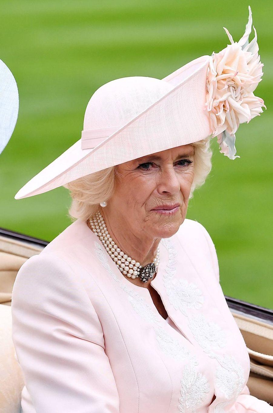 Le chapeau de la duchesse de Cornouailles Camilla au Royal Ascot, le 18 juin 2019