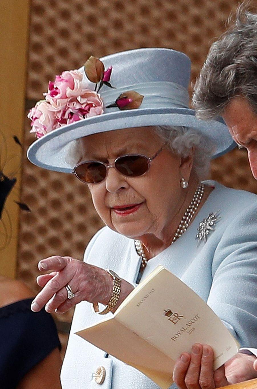 La reine Elizabeth II au Royal Ascot, le 20 juin 2018