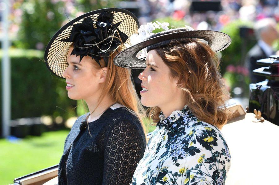 Les princesses Beatrice et Eugenie d'York au Royal Ascot, le 21 juin 2018