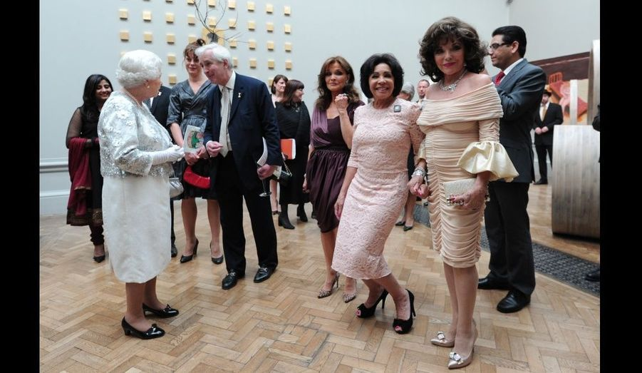 Joan Collins, Shirley Bassey et Kate O'Mara