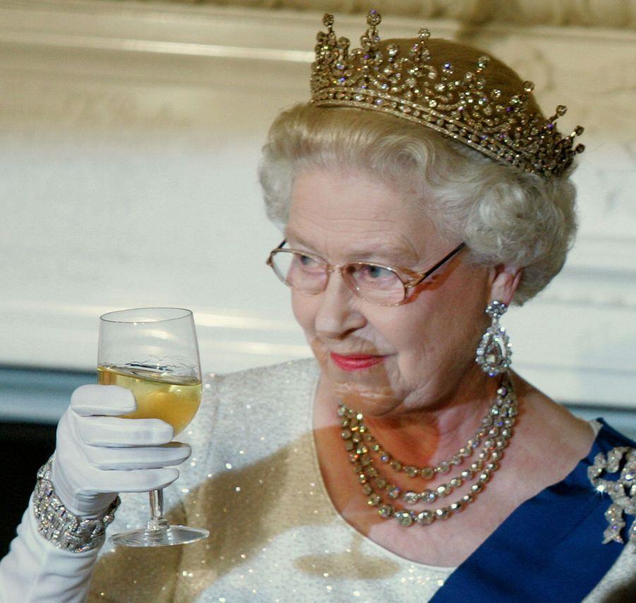 La reine Elizabeth II à Washington, le 7 mai 2007