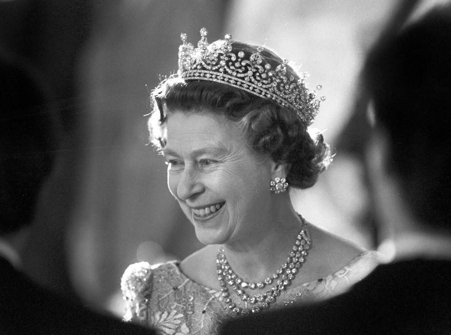La reine Elizabeth II à Berlin, le 26 mai 1987