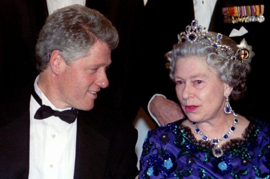 La reine Elizabeth II et le Président américain Bill Clinton à Londres (juin 1994)