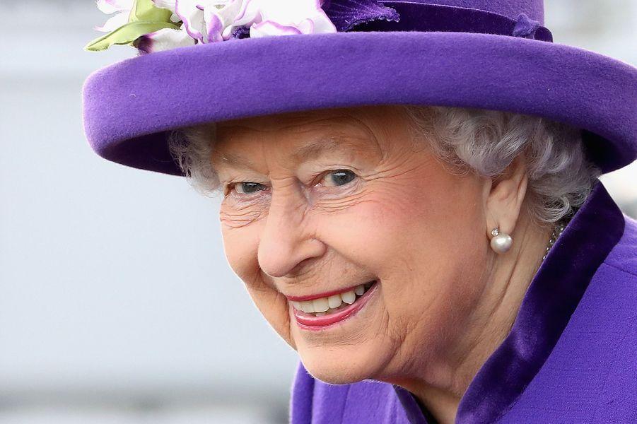 La reine Elizabeth II à Portsmouth, le 7 décembre 2017