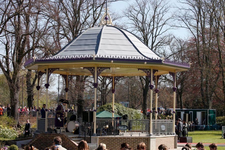 Le kiosque à musique inauguré par la reine Elizabeth II à Windsor, le 20 avril 2016