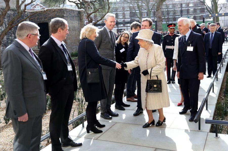 La reine Elizabeth II à Charterhouse à Londres, le 28 février 2017