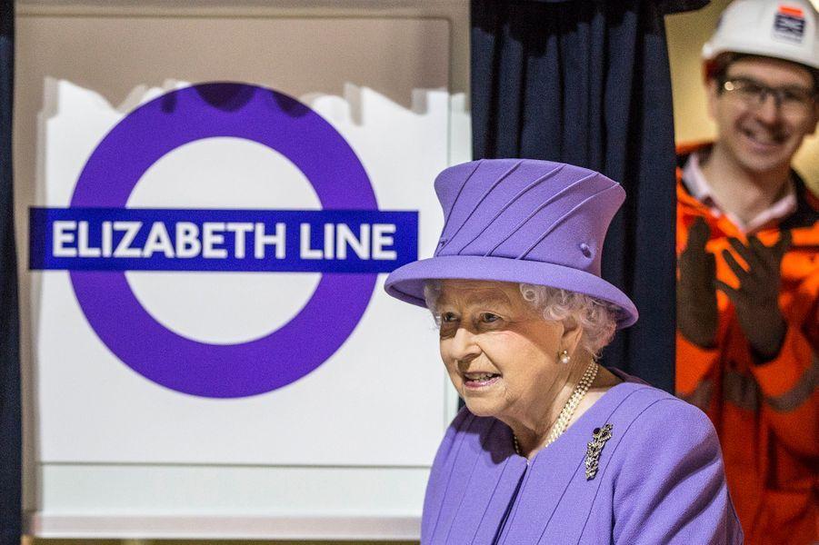 La reine Elizabeth II à Londres, le 23 février 2016