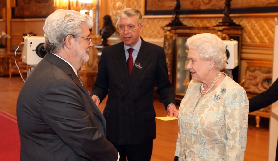 La reine avec George Lucas