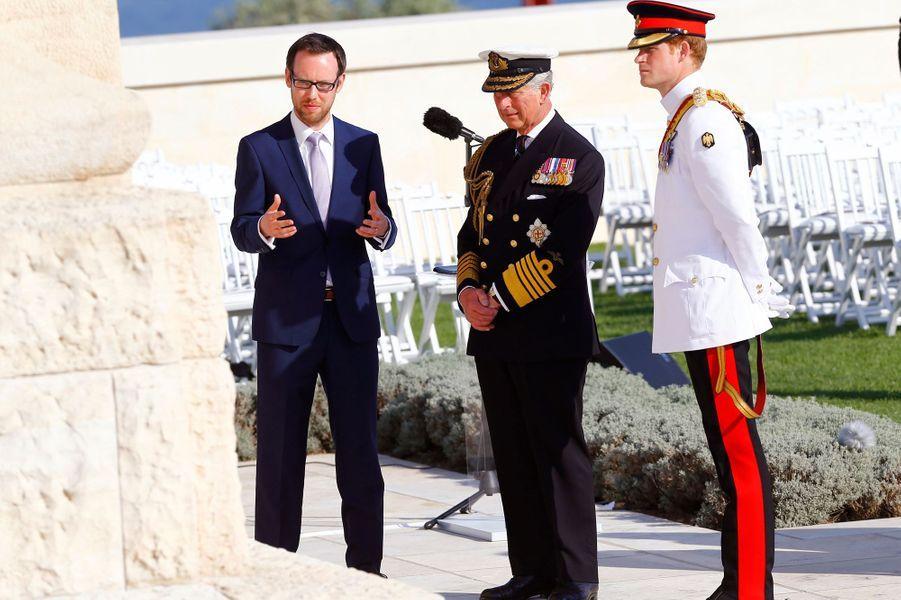Les princes Charles et Harry au mémorial britannique de Cape Helles à Gallipoli, le 24 avril 2015