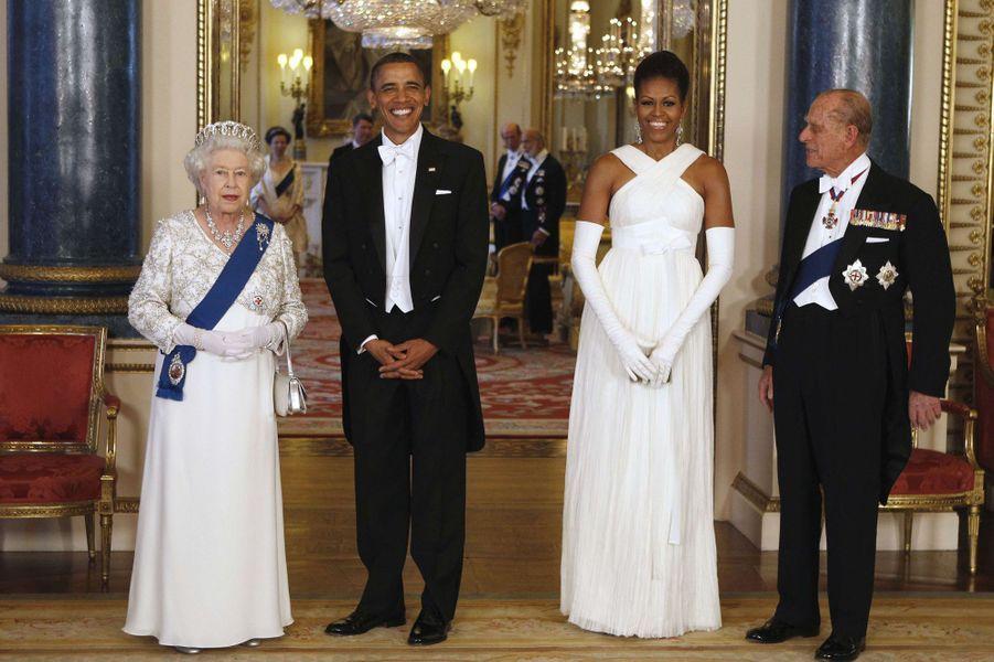 La reine Elizabeth II avec le président des Etats-Unis Barack Obama à Buckingham Palace, le 24 mai 2011