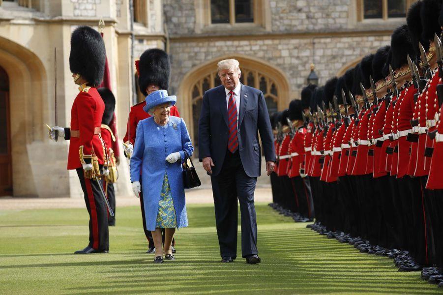 La reine Elizabeth II avec le président des Etats-Unis Donald Trump à Windsor, le 13 juillet 2018