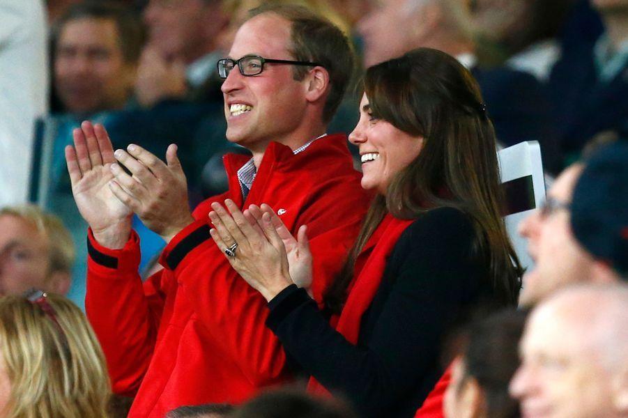 La duchesse Kate avec le prince William au stade de Twickenham à Londres, le 26 septembre 2015
