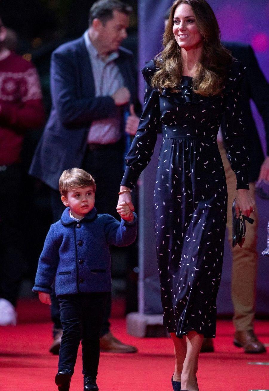 Le prince Louis avec la duchesse de Cambridge