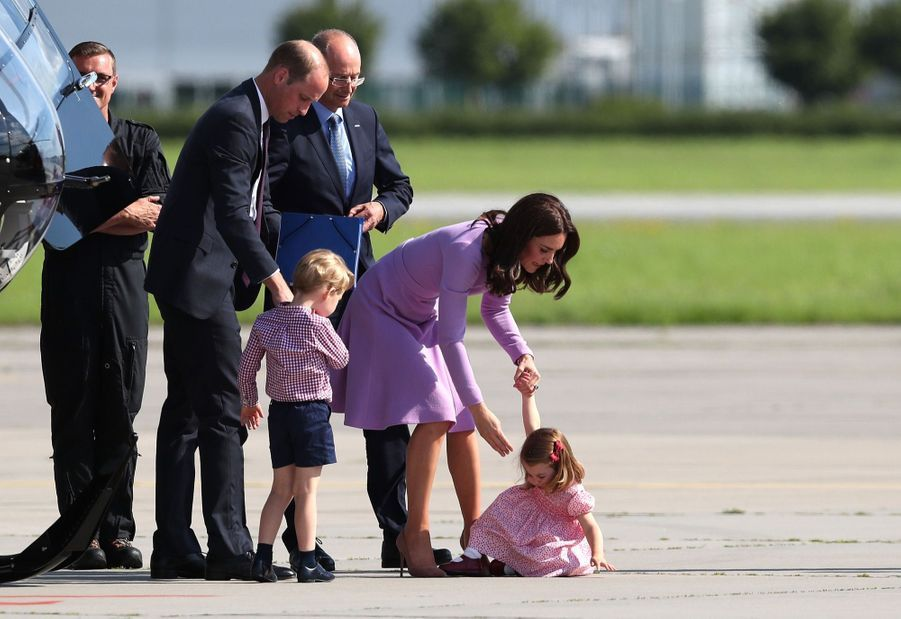 George, Charlotte, Kate Et William Disent Au Revoir À L'Allemagne 10