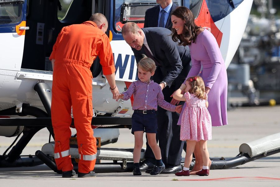 George, Charlotte, Kate Et William Disent Au Revoir À L'Allemagne 13
