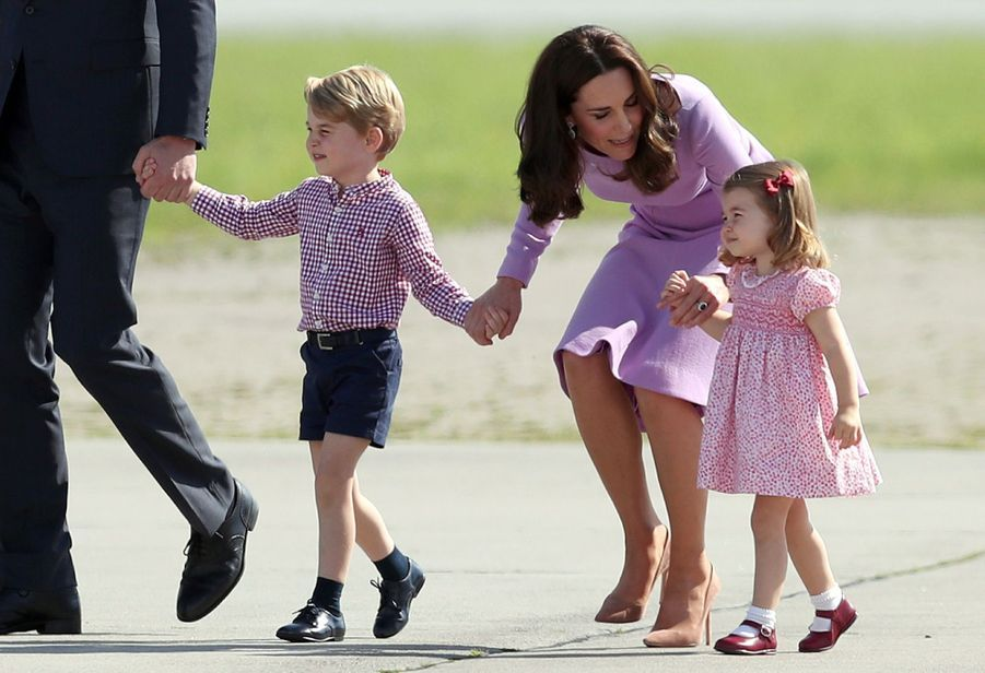 George, Charlotte, Kate Et William Disent Au Revoir À L'Allemagne 17