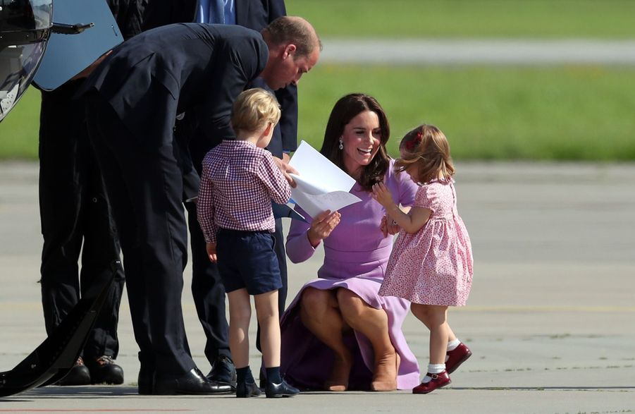 George, Charlotte, Kate Et William Disent Au Revoir À L'Allemagne 18