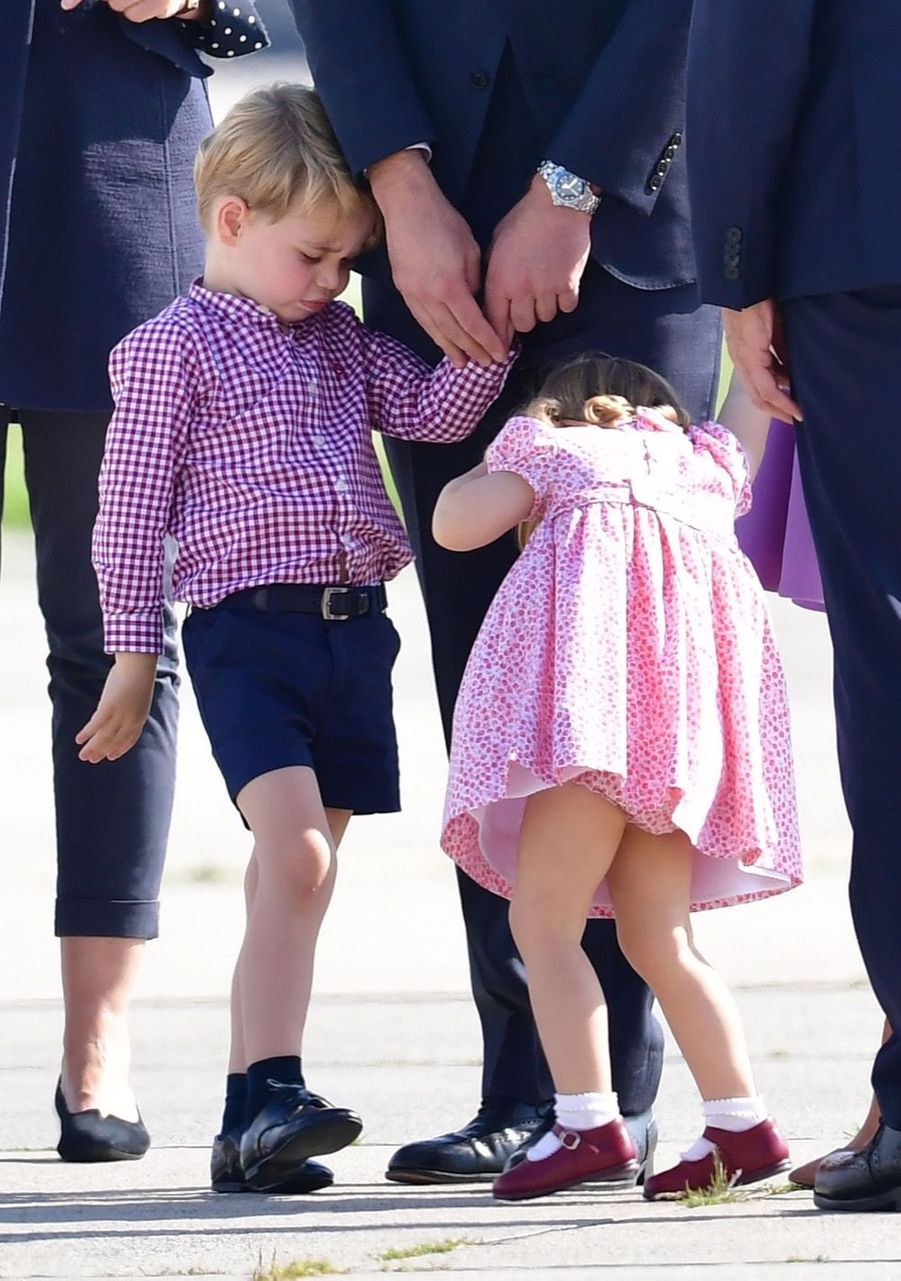 George, Charlotte, Kate Et William Disent Au Revoir À L'Allemagne 37