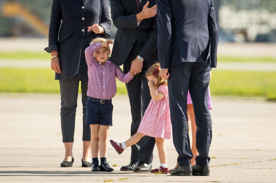George, Charlotte, Kate Et William Disent Au Revoir À L'Allemagne 49