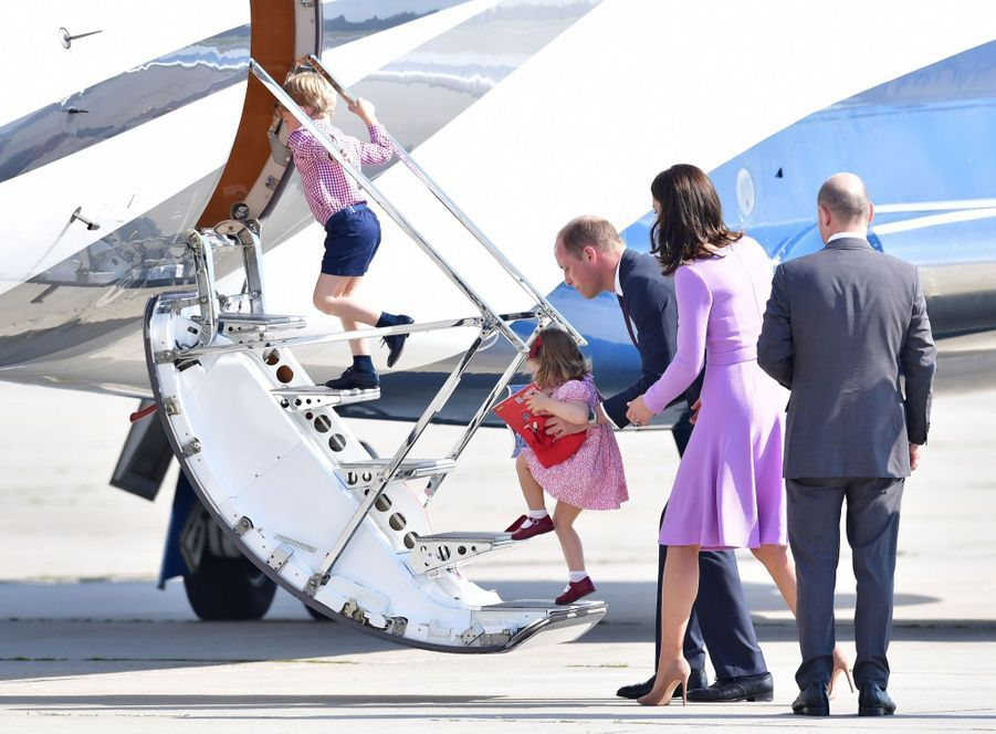 George, Charlotte, Kate Et William Disent Au Revoir À L'Allemagne 53