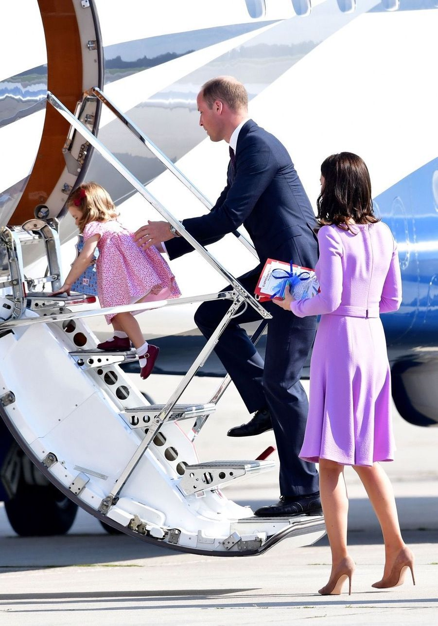 George, Charlotte, Kate Et William Disent Au Revoir À L'Allemagne 55