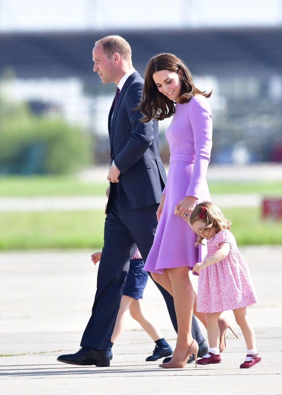 George, Charlotte, Kate Et William Disent Au Revoir À L'Allemagne 8