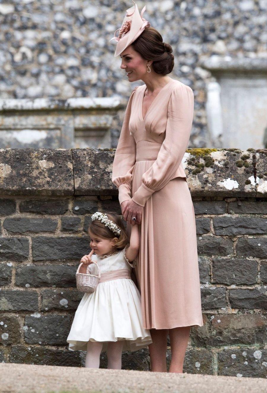 Le Prince George Et La Princesse Charlotte Au Mariage De Leur Tante Pippa Middleton 11