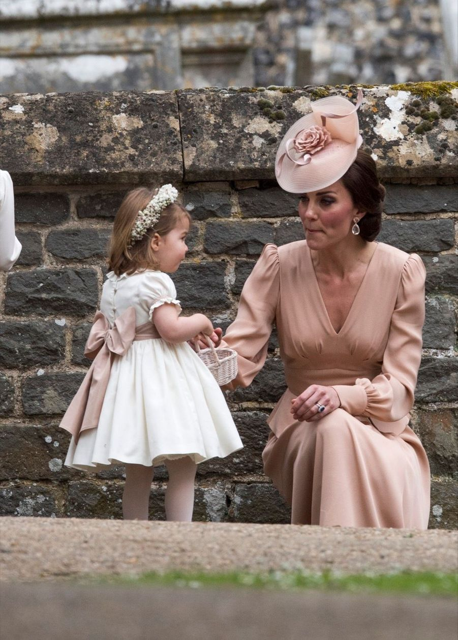 Le Prince George Et La Princesse Charlotte Au Mariage De Leur Tante Pippa Middleton 12