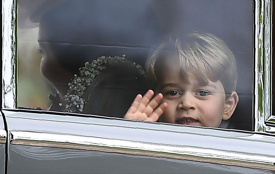 Le Prince George Et La Princesse Charlotte Au Mariage De Leur Tante Pippa Middleton 16