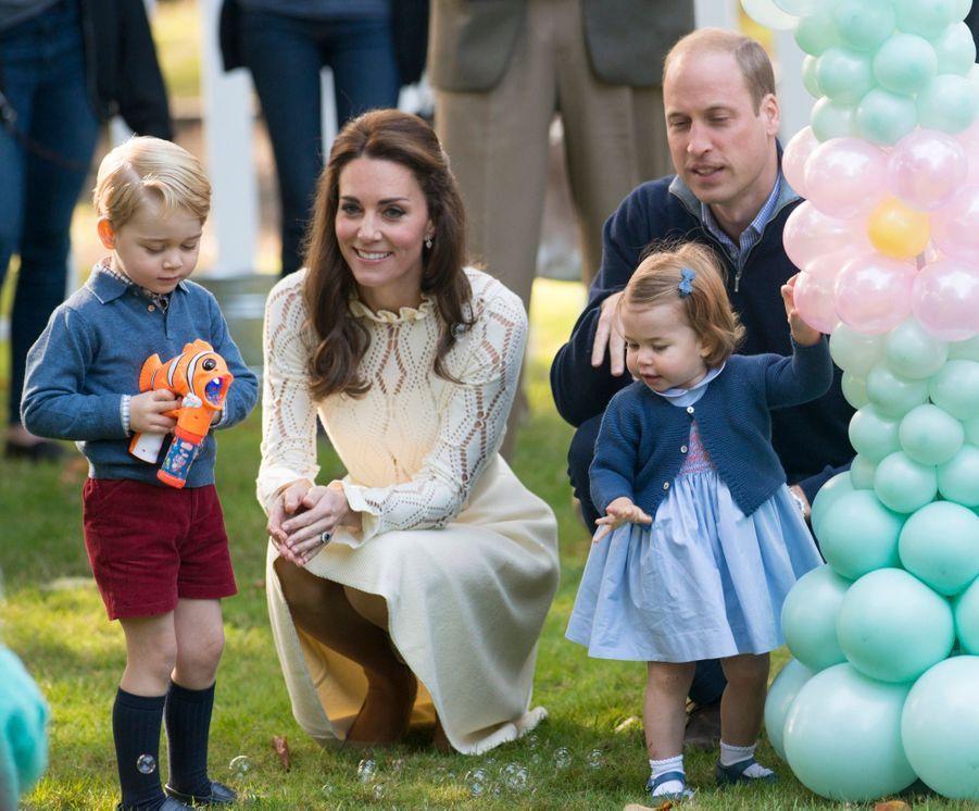 George, le petit prince vole encore la vedette