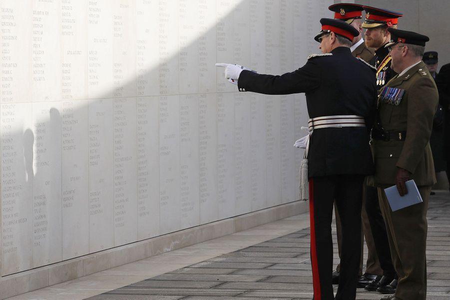Le prince Harry au National Memorial Arboretum d'Alrewas pour les commémorations du 11-Novembre.