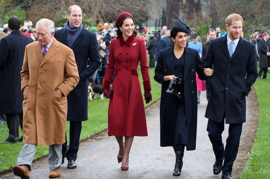 Charles, William, Kate, Meghan et Harryà Sandringham le 25 décembre 2018