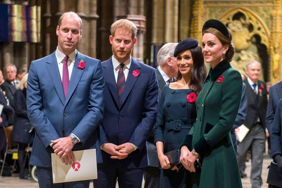 William, Harry, Meghan et Kate lors des célébrations du centenaire de l'Armistice à l'abbaye de Westminster le 11 novembre 2018