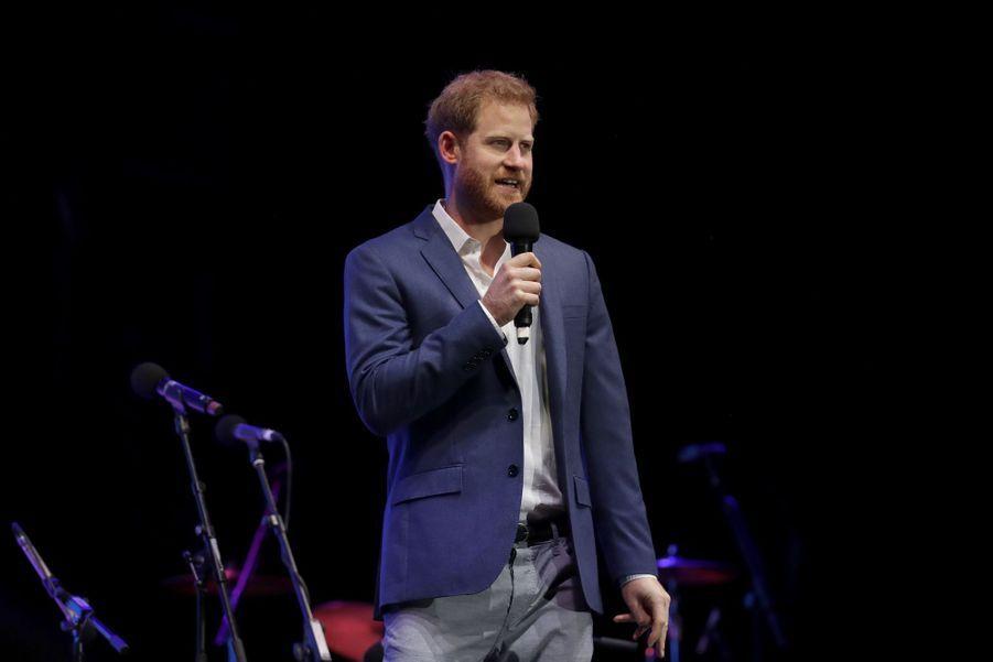 Le prince Harryau concert Audi Sentebale 2019 au palais de Hampton Court à Londres le 11 juin 2019