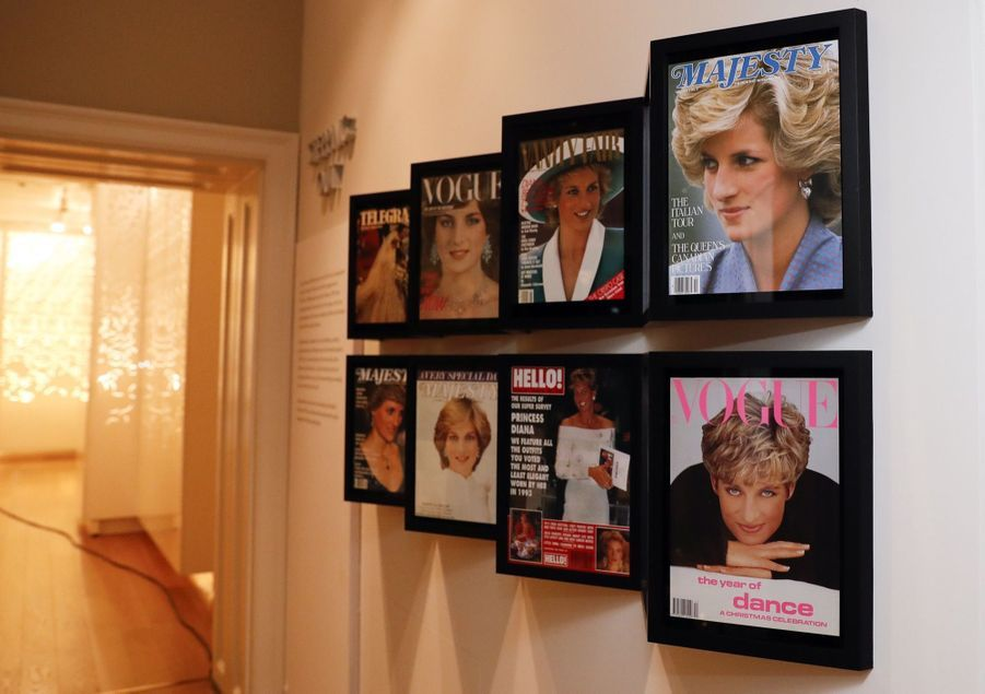 "L'exposition ""Diana: Sa Vie À Travers La Mode"" À Londres 19"