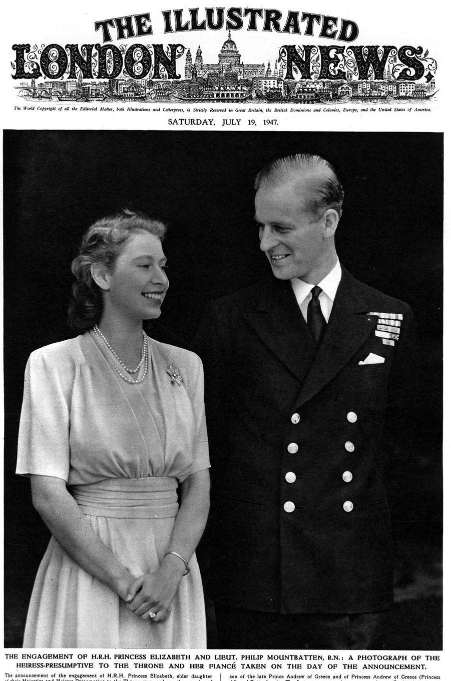 """La princesse Elizabeth et le prince Philip fiancés à la une de """"The illustrated London News"""" le 19 juillet 1947"""