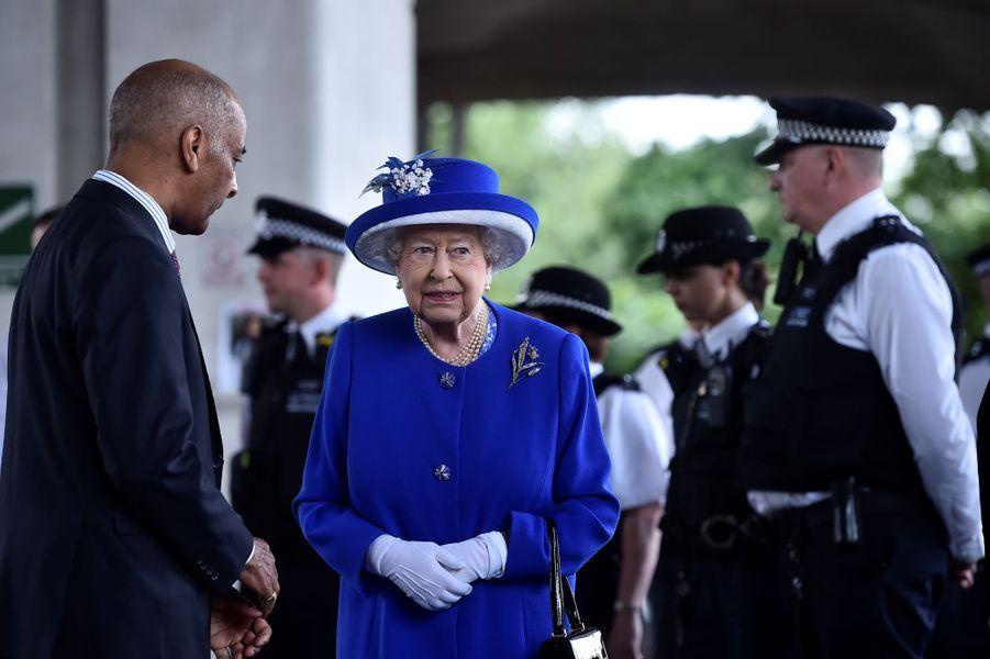 La reine Elizabeth II à Londres le 16 juin 2017