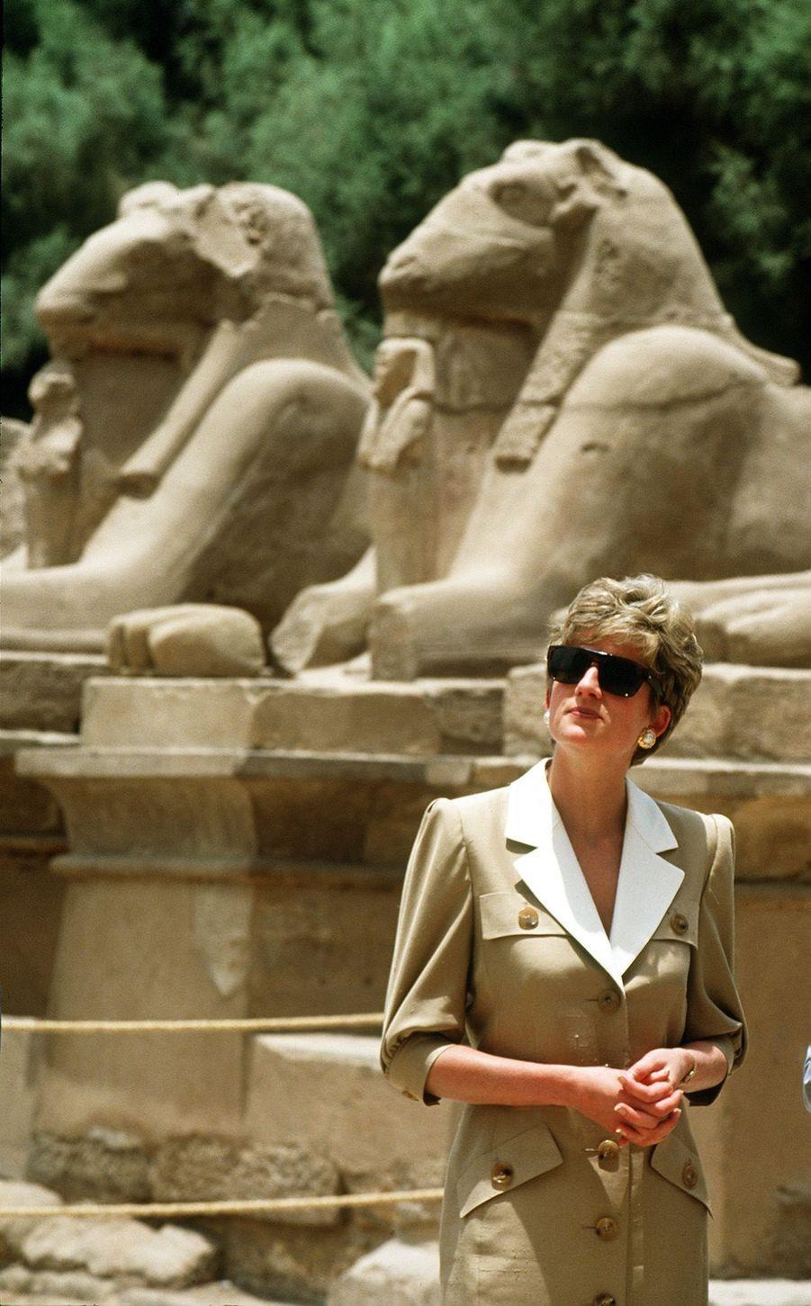 La princesse Diana, photographiée par Jayne Fincher, à Luxor, en Egypte, en mai 1992.