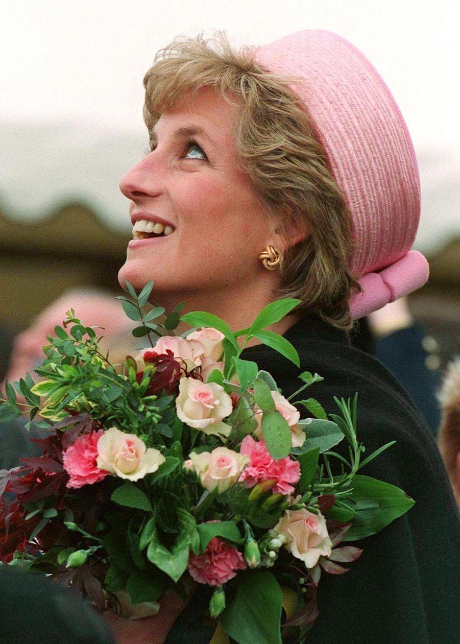 La princesse Diana, photographiée par Jayne Fincher, à Canterbury en mai 1995.