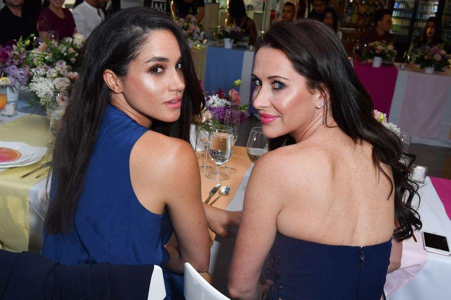 Meghan Markle et Jessica Mulroney lors d'un dîner à Toronto en mai 2016