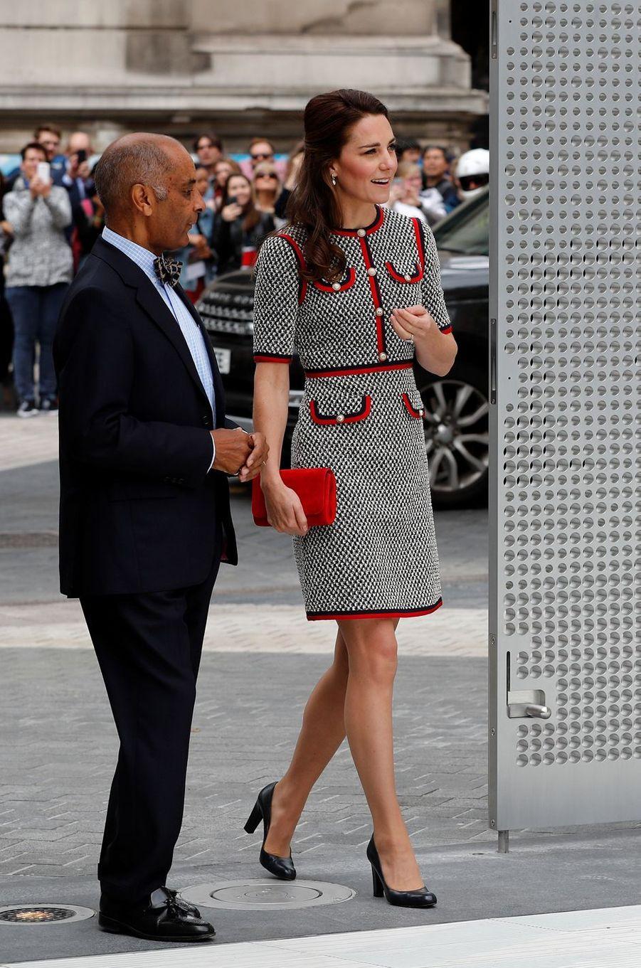La duchesse de Cambridge, née Kate Middleton, en Gucci à Londres le 29 juin 2017