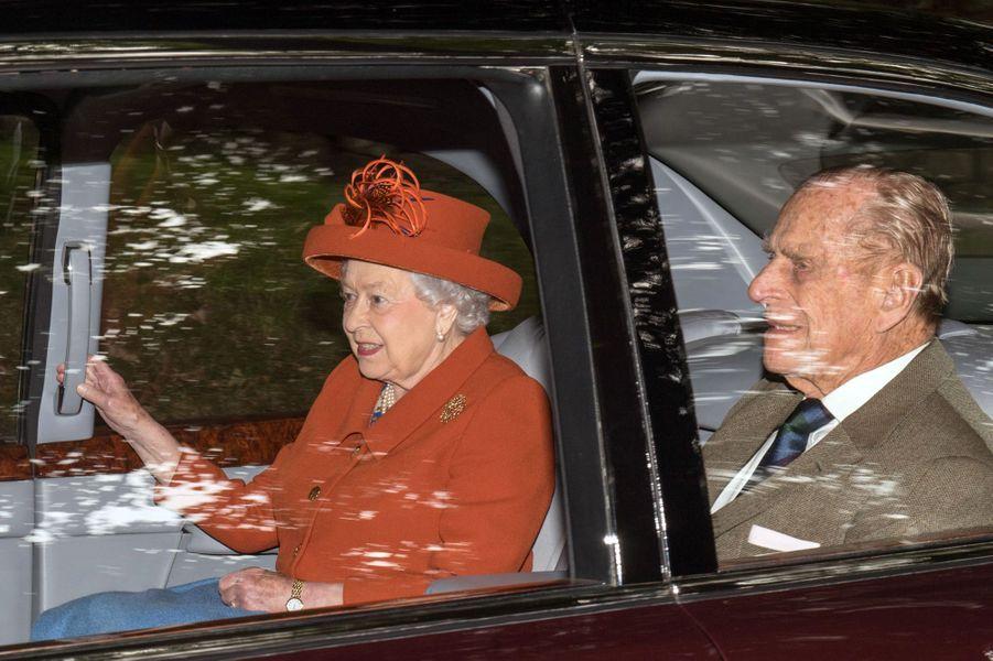 La reine Elizabeth II et le prince Philip à Crathie Kirk le 20 août 2017