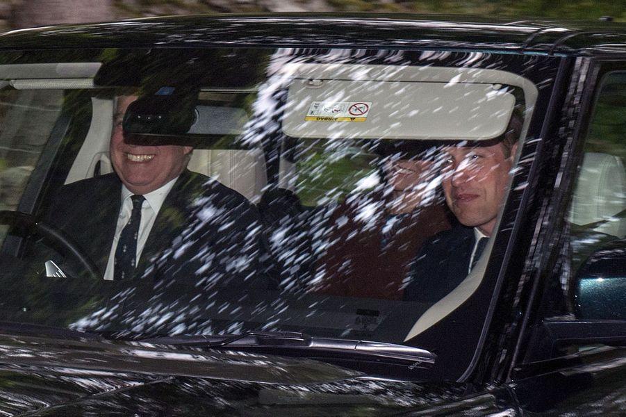 Les princes Andrew et William avec Kate à Crathie Kirk le 20 août 2017