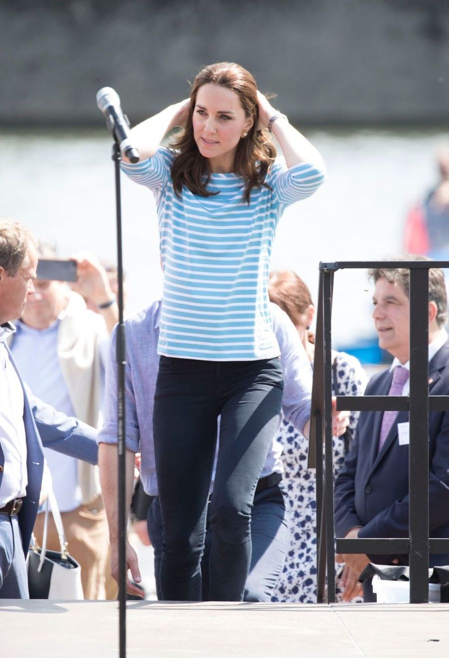 Kate Middleton Et William Font De L'aviron À Heidelberg En Allemagne 4